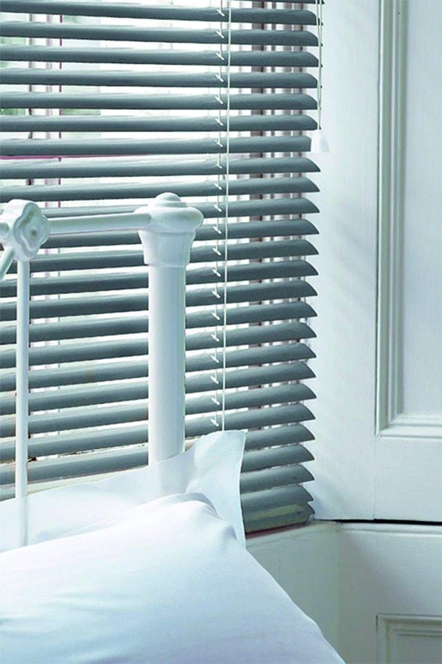 lamellenreinigung w e frankfurt am main innen jalousien. Black Bedroom Furniture Sets. Home Design Ideas